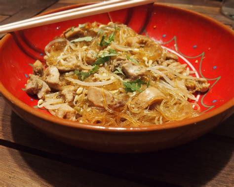 recette cuisine au wok wok au poulet sauce teriyaki par gourmicom