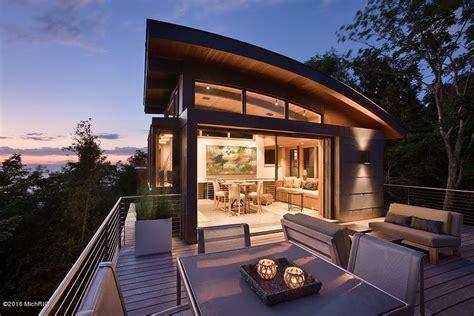 spectacular modern architectural masterpiece lake michigan idesignarch interior design