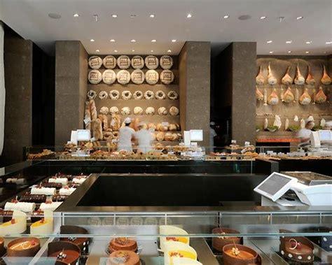 bakery petit cafe interior design images