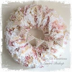 Shabby Chic Anleitung : shabby chic coffee filter wreath tutorial youtube ~ Frokenaadalensverden.com Haus und Dekorationen