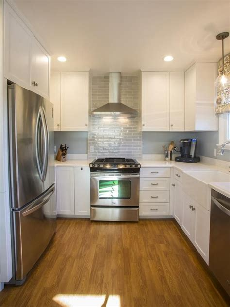 kitchen makeovers hgtv 25 amazing room makeovers from hgtv s house hunters 2280