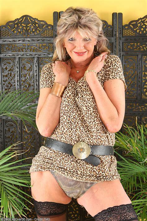 Old Women Nude Pics Hot Girls Wallpaper