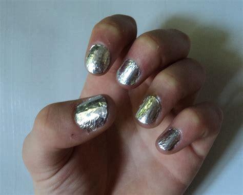foil nails   create foil nail art art nail