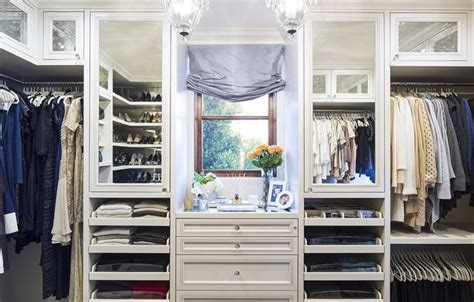 Closet La by 45 Walk In Wardrobes For