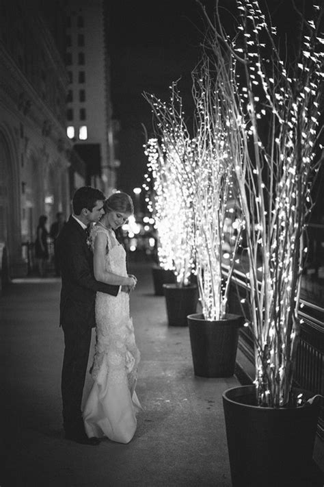 15 Ways To Decorate Your Wedding With Twinkle Lights