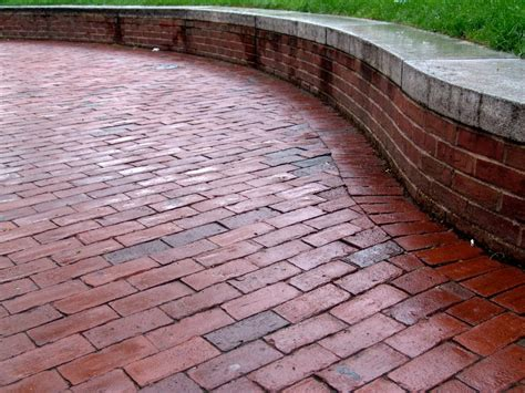 Brick Patio by 10 Tips And Tricks For Paver Patios Diy