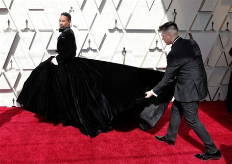 Oscars Billy Porter Tuxedo Gown Stuns The Red Carpet