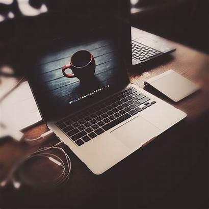 Macbook Laptop Apple Pro Headphones Wallpapers 4k