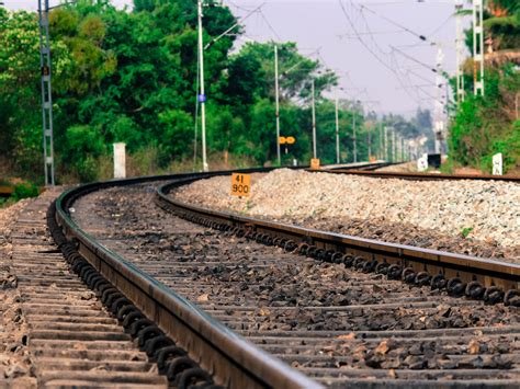Railway track Curve - Free Indian Stock Pictures. Download ...