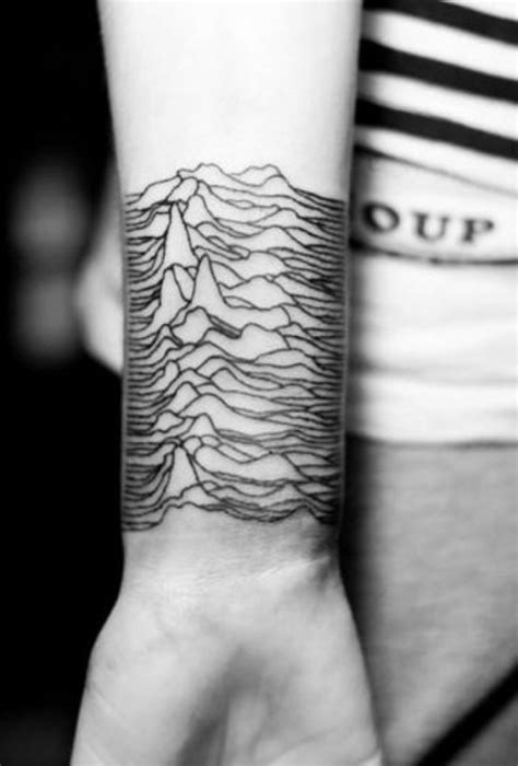 40 Small Tattoo Designs for Men with Deep Meanings - Fashion Enzyme