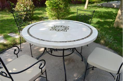 faience grise cuisine marbella table ronde 125cm en mosaïque emperador et