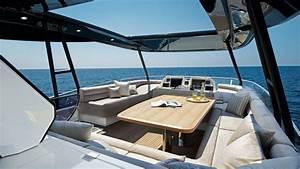 Yacht De Luxe Interieur : envie de luxe louer un yacht et naviguez autour du globe le blog filovent ~ Dallasstarsshop.com Idées de Décoration