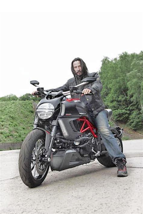 chamsman  keanu reeves motorcycle ducati diavel