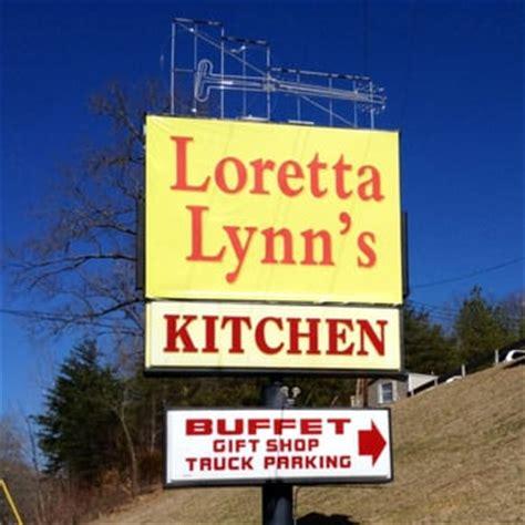 loretta ranch kitchen loretta s kitchen american traditional