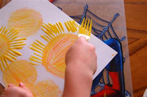 Star Burst Craft Using Fork Painting