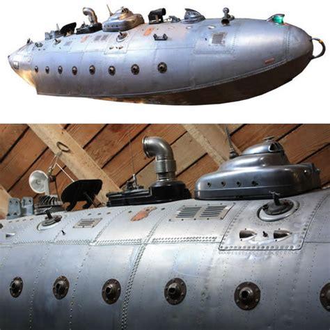 fantasy submarine      sea themed decor