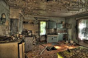 Abandoned House HDR Workshop by daniellepowell82 on DeviantArt