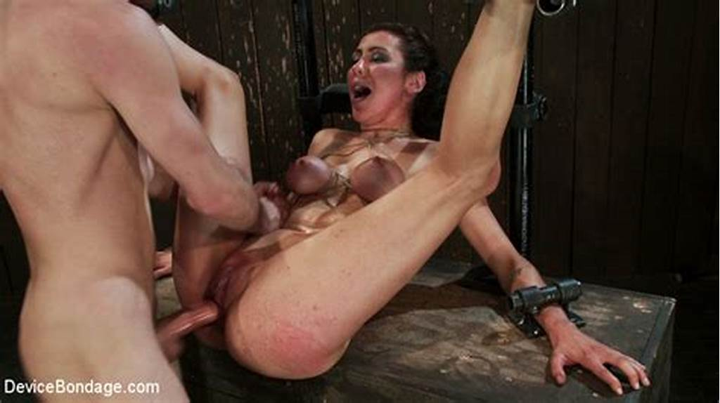 #Horny #Princess #Donna #Reduced #To #A #Common #Peasant
