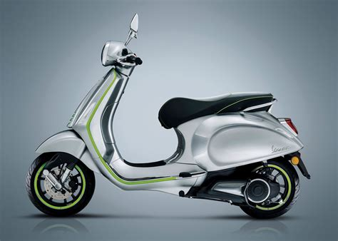 Vespa S 2019 by 2019 Vespa Elettrica Guide Total Motorcycle