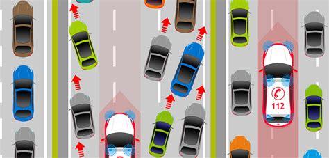 verhalten im straßenverkehr richtiges verhalten im stra 223 enverkehr