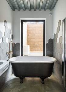 Tableau Pour Salle De Bain : 10 id es de d coration murale pour pimenter votre salle de bains ~ Dallasstarsshop.com Idées de Décoration
