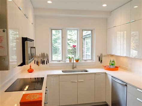 countertops  small kitchens pictures ideas  hgtv