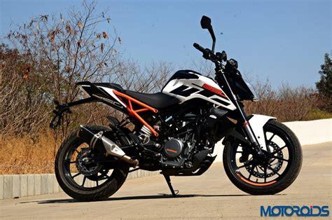 Review Ktm Duke 250 by The Ktm 250 Duke Abs