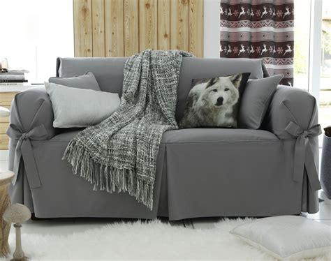 housses pour canapé housses à nouettes pour fauteuil ou canapé becquet