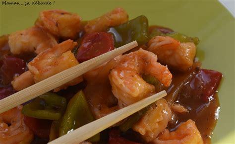 cuisiner des crevettes cuites crevettes sauce aigre douce maman ça déborde