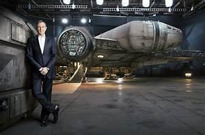 Garage Millenium : new photo of the millennium falcon in star wars the force awakens ~ Gottalentnigeria.com Avis de Voitures
