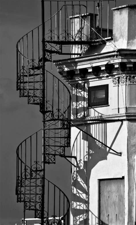 Wendeltreppe für Innen und Außen - 100 Fotos!