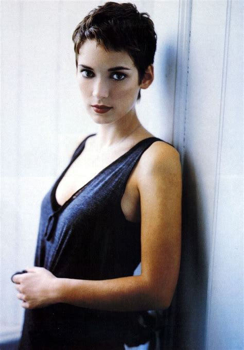 winona ryder hairstyle hairstylo