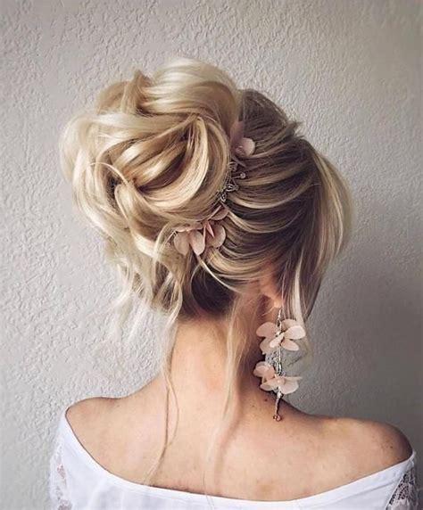 peinados recogidos comodos faciles  elegantes