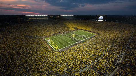 Michigan State Football Wallpaper Michigan Football Wallpaper Screensavers Wallpapersafari