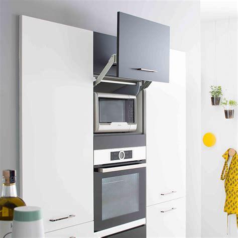 hauteur meuble haut de cuisine meubles cuisine optimiser l espace avec les meubles