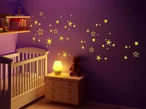 Sternenhimmel Kinderzimmer Decke : wandtattoo sternennacht sterne f rs babyzimmer ~ Markanthonyermac.com Haus und Dekorationen