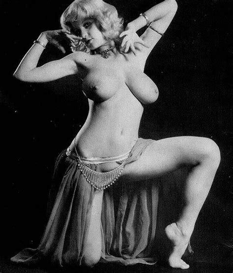 Roberta Pedon Nude Pics Seite 1