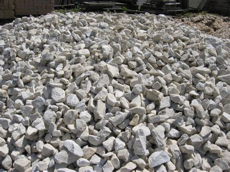 landscaping with large stones m s stone quarries located in grantsville md has a complete range of building and landscaping