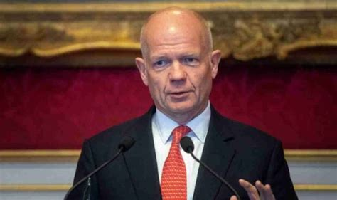 Brexit news: Don't put UK at risk! William Hague issues ...