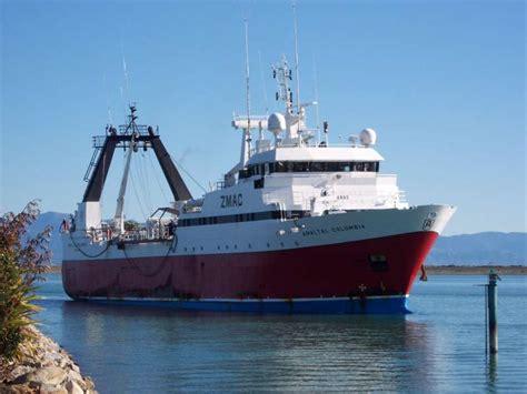 Fishing Boat Fire Nz by Fishing Vessel On Fire Off New Zealand 43 Crew Abandon