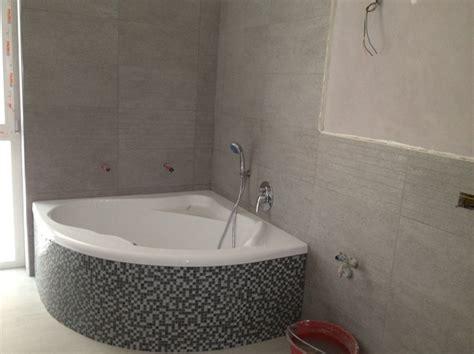 bagno con vasca foto bagno con vasca angolare di ms impresa srl 379162