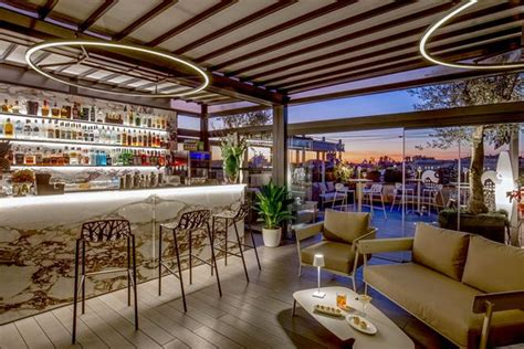bar terrazza roma terrazza tiziano by monti view roof top bar rome menu