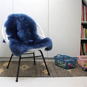 Peau De Mouton Veritable : en peau de mouton navy blue xl jeter en cuir v ritable peau de mouton d coratifs tapis brun ~ Teatrodelosmanantiales.com Idées de Décoration