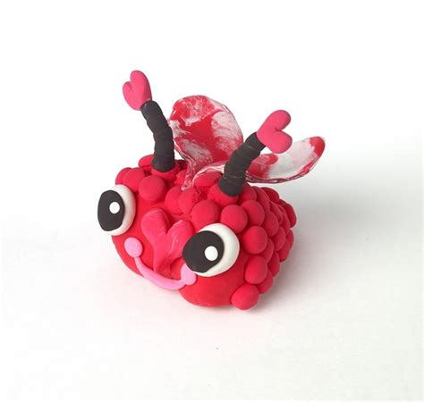 bumpy love bugs craft crayolacom