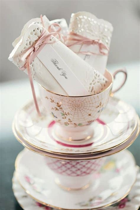 diy tea party favors doily wrapped candy bars