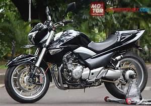 Racing Caf U00e8  Suzuki Inazuma 250 By Baru Motor Sport