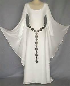mittelalterliche brautkleider über 1 000 ideen zu renaissance hochzeitskleider auf fantasie hochzeitskleider