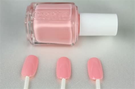 Top 10 Essie Nail Polishes + Swatches