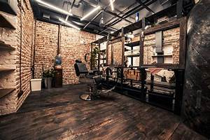 Industrial Style Shop : loft interior barbershop beautyshop style haircuts wood floor boat brick white red ~ Frokenaadalensverden.com Haus und Dekorationen