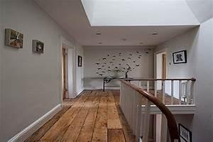 Couleur Peinture Couloir : une deco couloir couleur lin clair avec stickers oiseaux min ~ Mglfilm.com Idées de Décoration